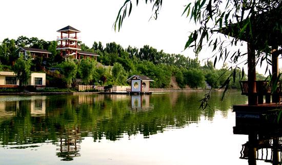 清华湖早晨风景